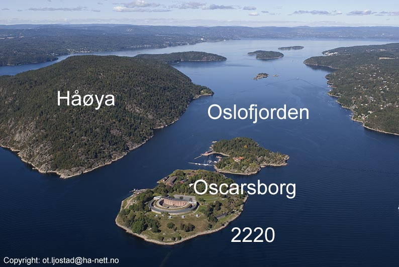Flyfoto av Oscarsborg og Håøya i Oslofjorden i Frogn kommune ... Oscars